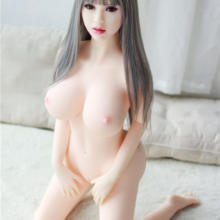 Bimbo Sex Doll Is A True Beauty Featuring Big Round Ass