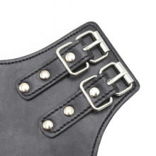 Soft Padded Leather Hanging Hand Gloves