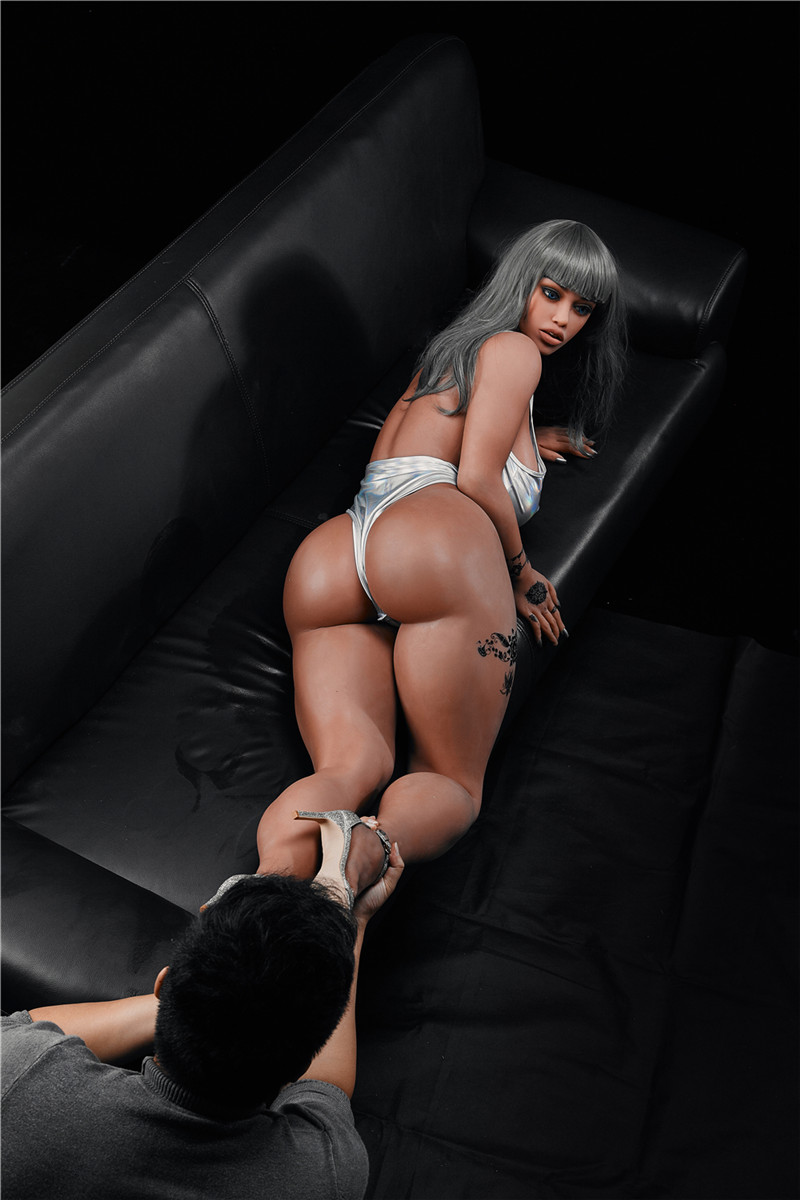 big booty black sex doll