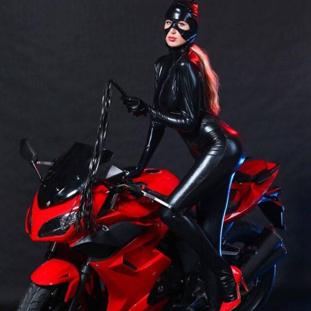 BDSM Dress   Chest Fetish Wear